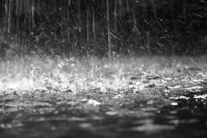 rain water falling